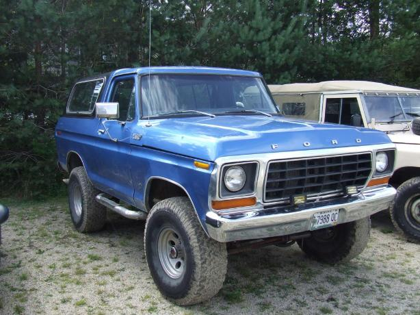 Nathan's Ford Bronco - Haven TV Series