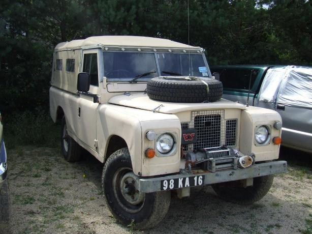 Dukes Land Rover - Haven TV Series