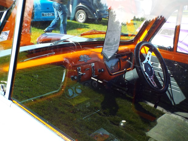 Ford Popular with 105E Dashboard