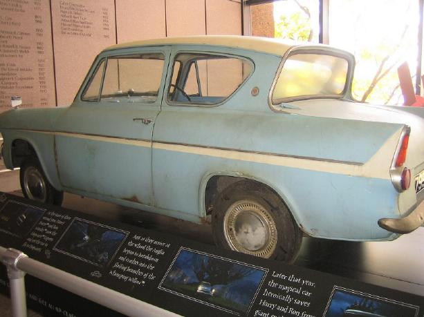 Ford Anglia - Boston