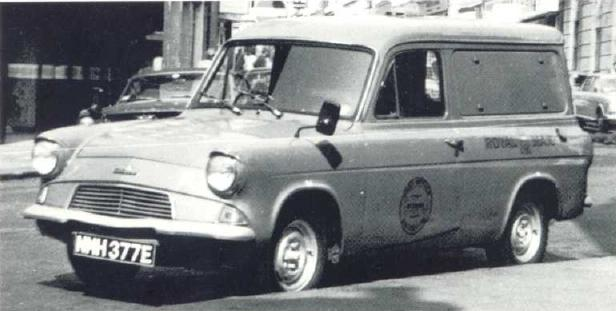 Ford Anglia - Royal Mail Van