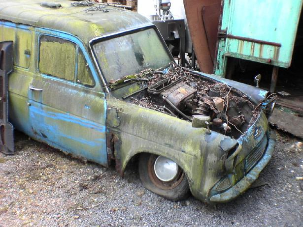 Ford Anglia Wreck 4