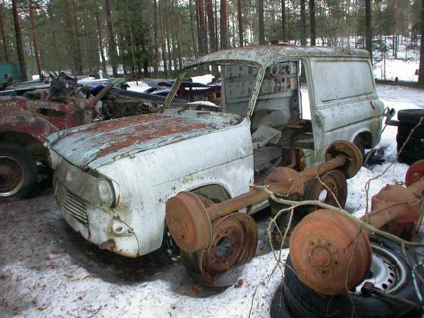Ford Anglia Wreck 5