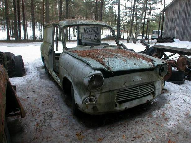 Ford Anglia Wreck 6